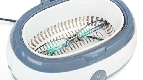 Ultrazvočno čiščenje očal